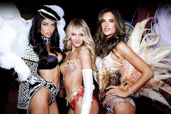 фото причесок от Victoria's Secret