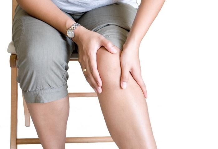 Артроз коленных суставов: симптомы и лечение