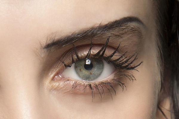 Семь правил техники выполнения макияжа глаз