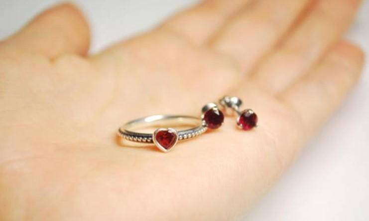 Что подарить на 15 лет свадьбы