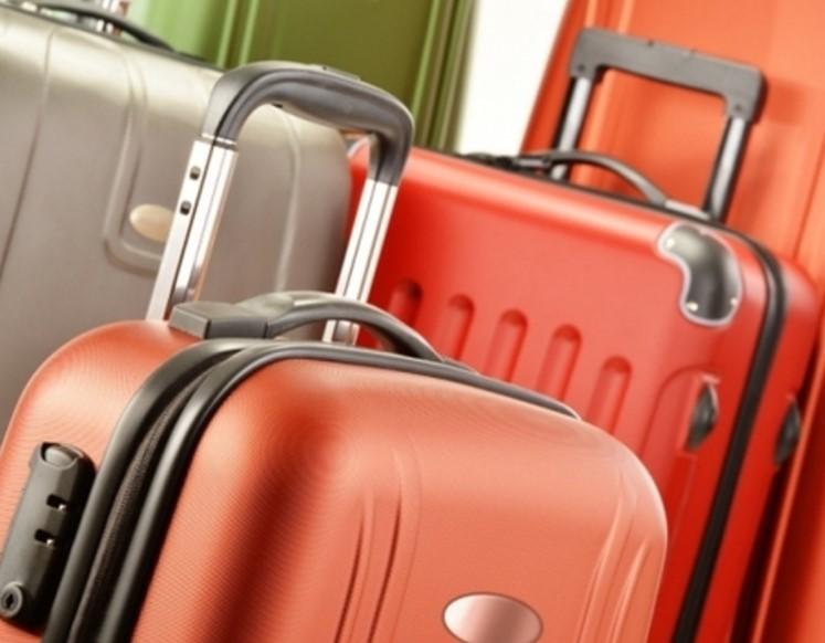 Купить небольшой чемодан на колесах: преимущества очевидны
