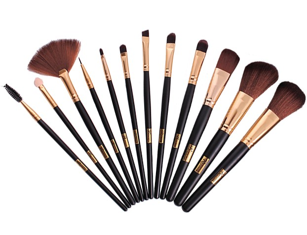 Какие бывают кисти для макияжа