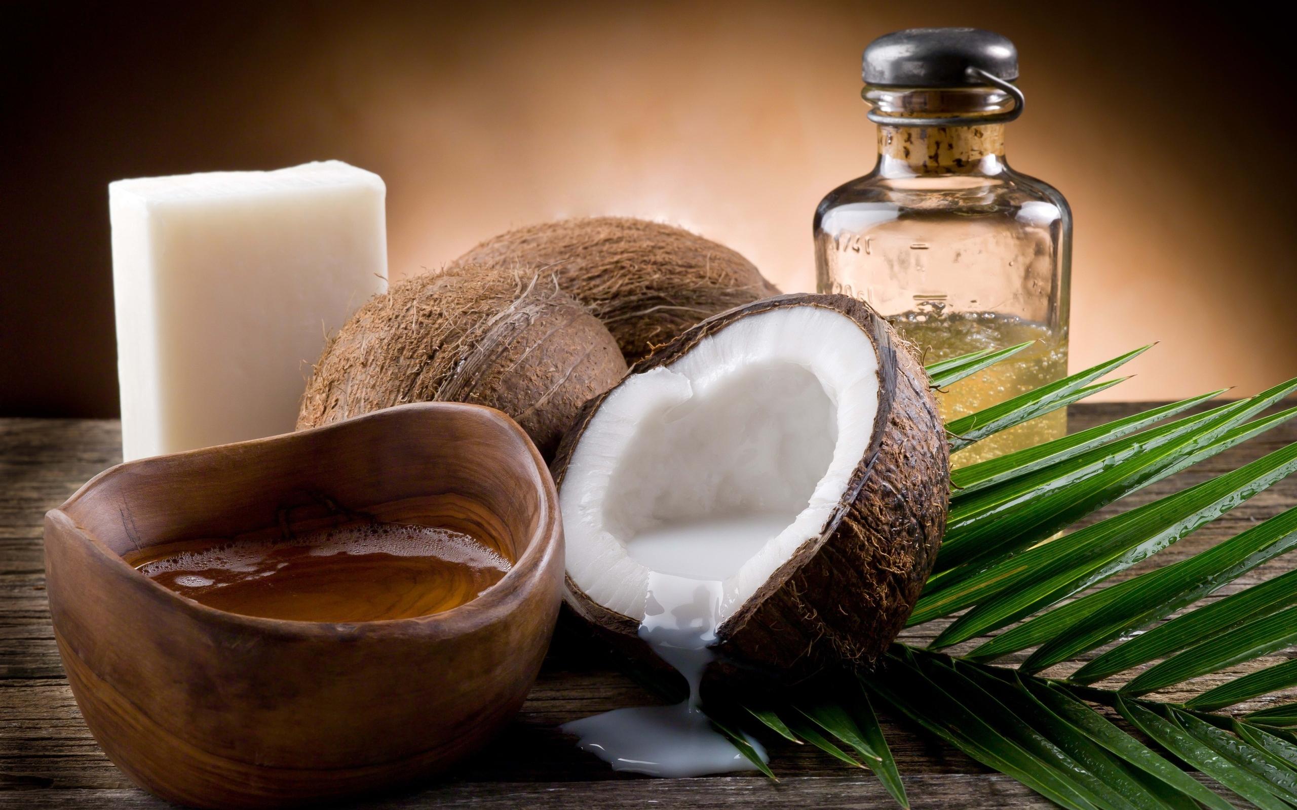 9 способов применения масла кокоса для красоты и здоровья