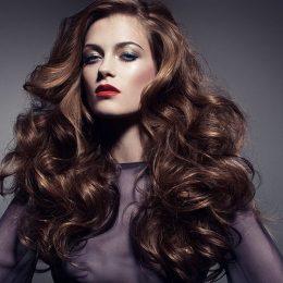 10 стильных укладок (для любого типа и длины волос)