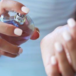 Является ли парфюм причиной вашей аллергии