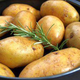 Как быстро сварить картошку в СВЧ?