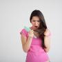 Ускользающая красота: как справиться с выпадением волос зимой